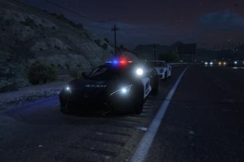 61b10c chevroletcorvettec82020police
