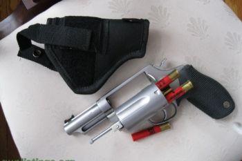 14ef9c 1 pistols taurus judge .45 lc .410 60763