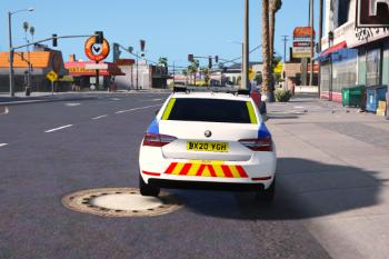 E7f2f8 police6
