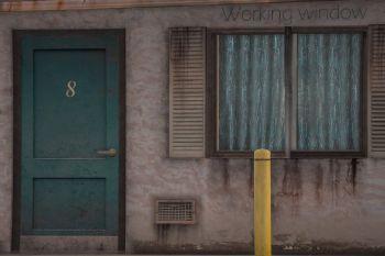 25961a motelwindow