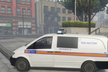 01850b dog2