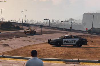 5724b7 policehidingspot5