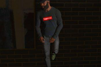 06c277 supreme sweater1