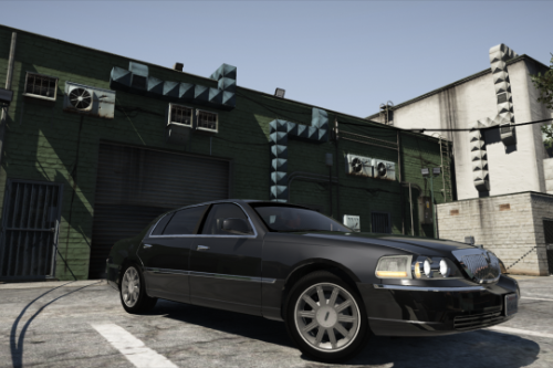 2010 Lincoln Town Car [Replace]