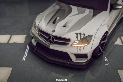 2012 Mercedes-Benz C63 AMG Coupe Black Series Paint job