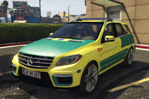 2012 Mercedes Benz ML63 - Danish livery