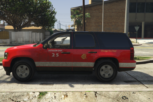 2013 Chevy Tahoe | Chicago Fire Old battalion chief 25
