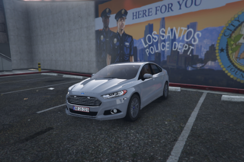 Ford Mondeo Saloon 2016 | Unmarked British/Danish police | ELS ready