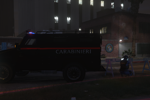 GIS - Blindato Carabinieri (Italian army police special forces armoured vehicle)
