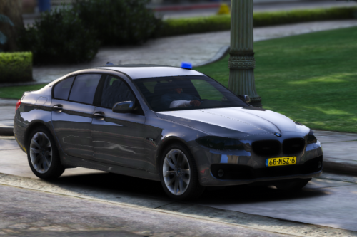 BMW 530D F10 Police / Politie Unmarked [ELS | Replace]