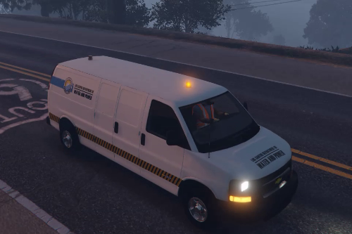 Chevy Express Construction Van with Lights