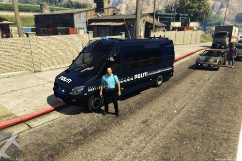Danish Mercedes-Benz Sprinter Police skin