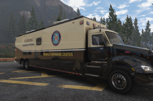 Florida Highway Patrol Mobile Command Center for 2015 Peterbilt 579
