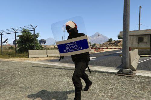 Escudo antidisturbio Mossos d'Esquadra
