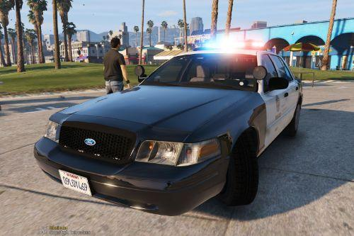 LAPD 2010 Ford Crown Victoria Police Interceptor