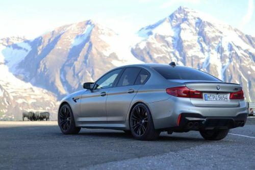 M5 F90 Competition Downpipes /Sound/