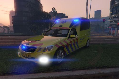 Mercedes Benz E-Class Ambulance (Blue LED's + Template)
