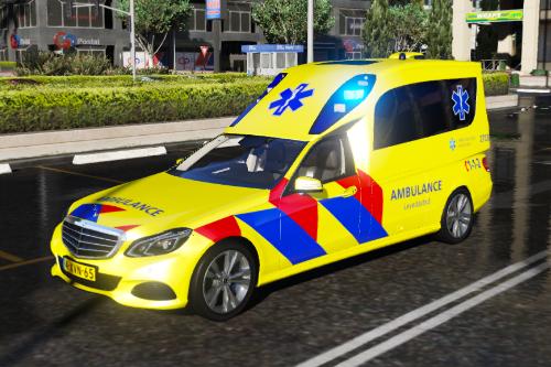 Mercedes-Benz E-Klasse OOV - Nederlandse Ambulance [OOV] [ DUTCH / NL ]