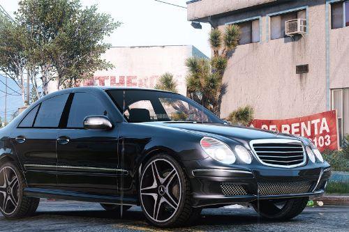 Mercedes-Benz E320 W211 ///AMG