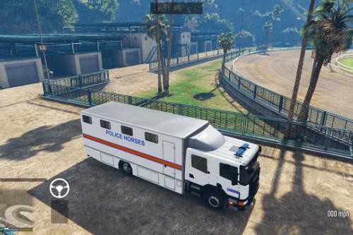 Met Police Horse Box