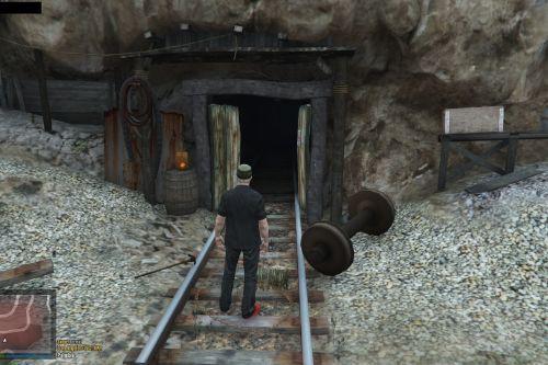 E7e6b8 mine 1