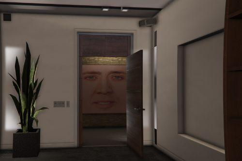 Nicolas Cage all over Franklin's house!