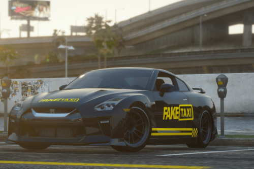 Nissan GTR Fake Taxi Livery