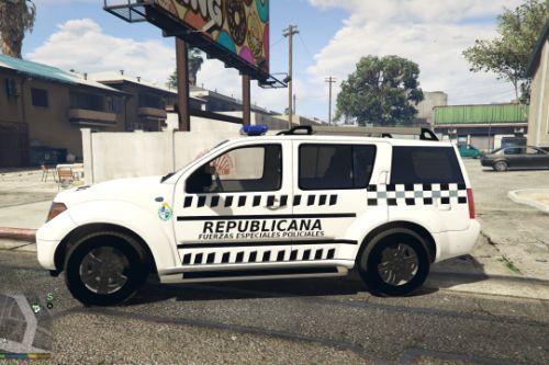 Nissan pathfinder Guardia Republicana de Uruguay