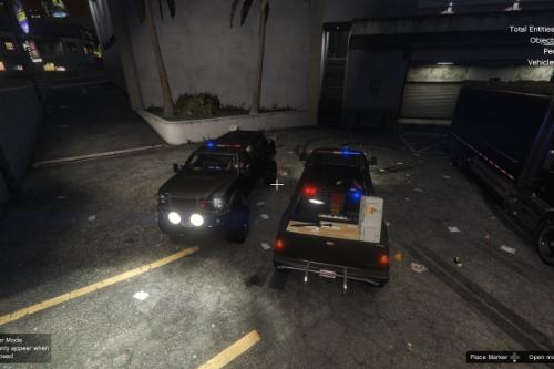 5b6afa policesandking1