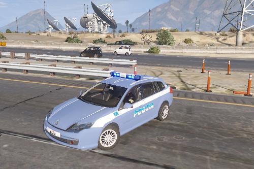 Polizia Stradale - Renault Laguna 2011