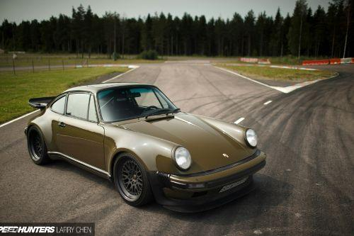 E2411d larry chen speedhunters 930 turbo porsche 1