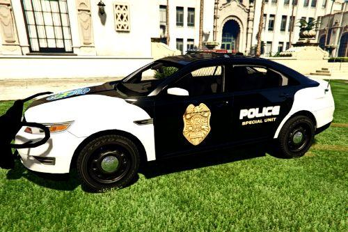 Resident Evil Series: Raccoon Police, S.T.A.R.S. and USS 2012 Ford Taurus Interceptor