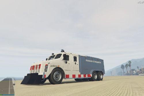 Riot Police Of The Mossos / Cotxe Antidisturbis Dels Mossos