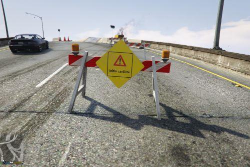 Segnaletica cantiere stradale italiano