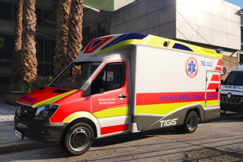 Mercedes Benz Sprinter | Slovenian ambulance paintjob