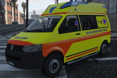 Slovenian Ambulance volkswagen transporter [Skin]