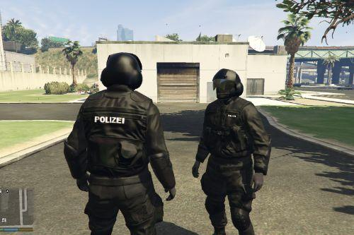 Sondereinsatzkommando Polizei (SEK) - Real Sek Helm (Add-On)