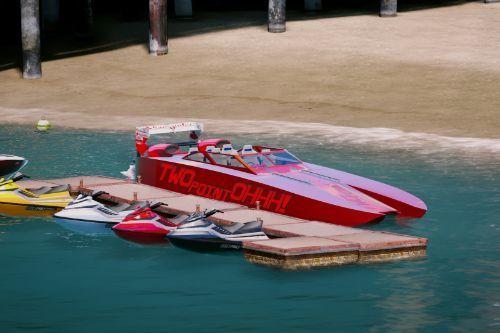 532232 boat5
