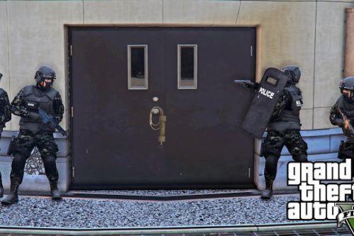 SWAT team Operation