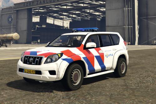 Toyota land cruiser Dutch OOV striping/ Toyota Landcruiser met Nederlandse OOV striping
