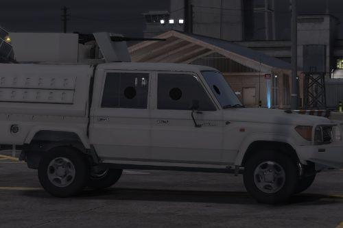 Toyota Land Cruiser J79 4 cabin