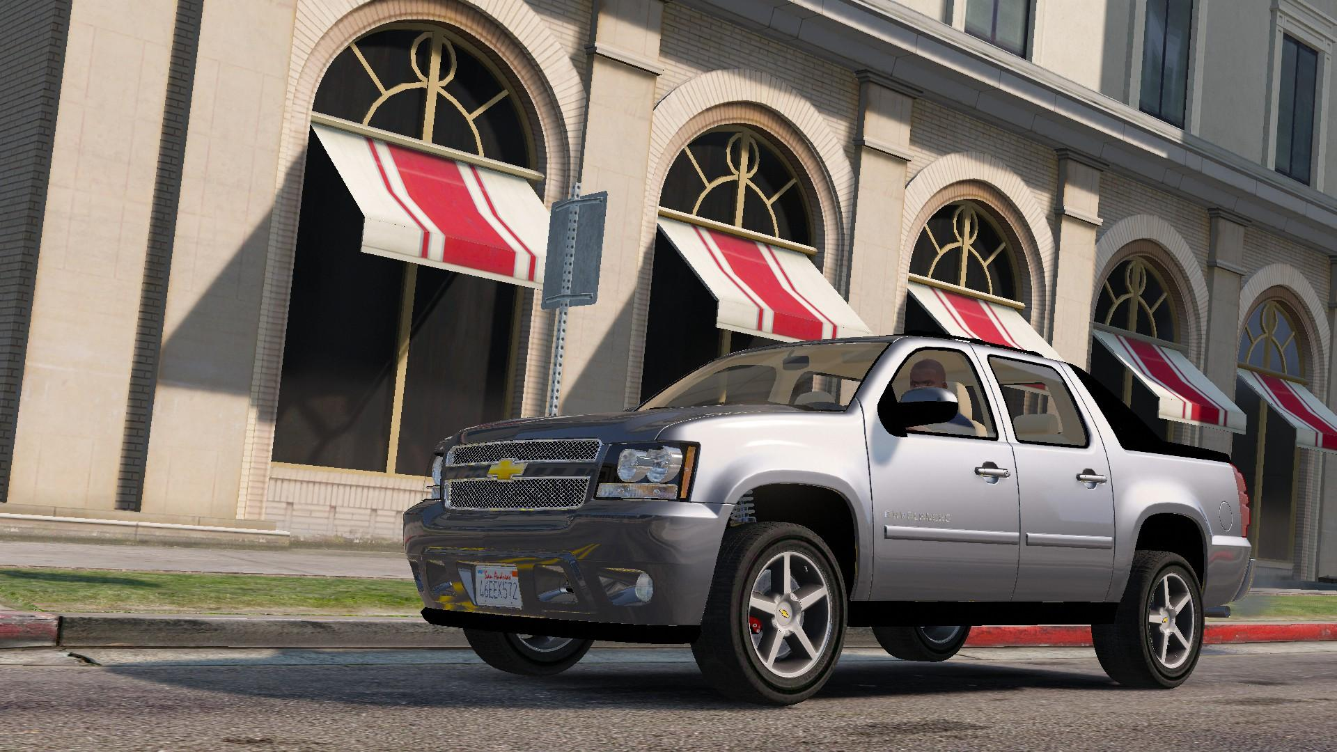 2012 Chevrolet Avalanche   Replace    Unlocked