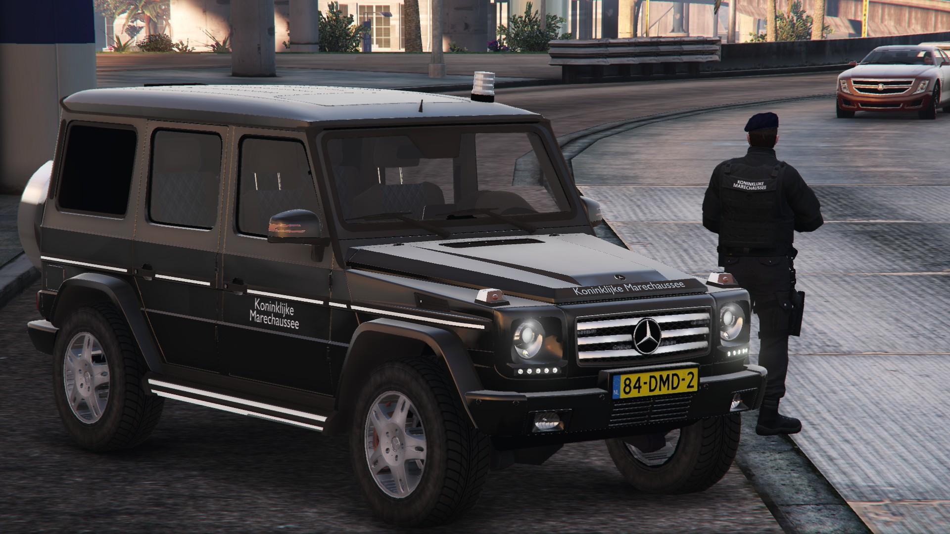 mercedes g klasse dutch military police gta5. Black Bedroom Furniture Sets. Home Design Ideas