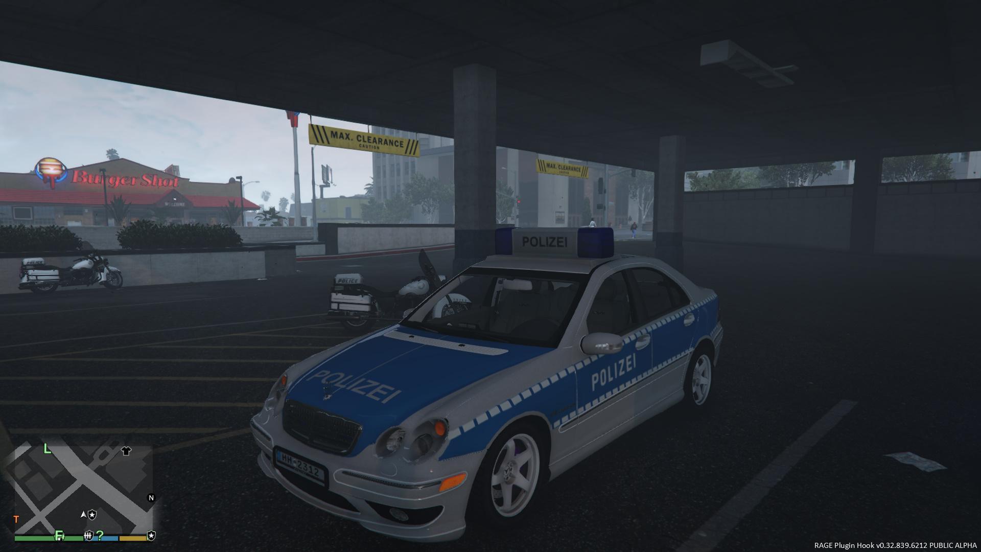 Mercedes benz c32 amg polizei hamburg gta5 for Benz hamburg