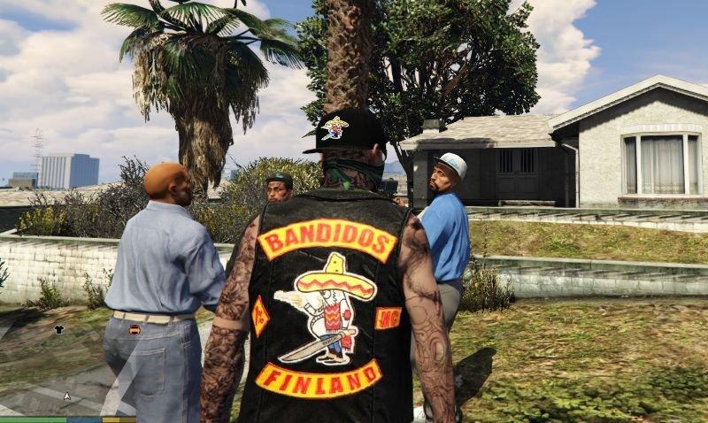 8f0596 bandidos vest and cap for trevor 3