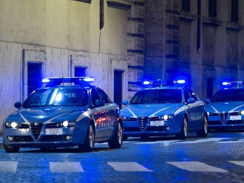 Ff347e volanti polizia alfaromeo