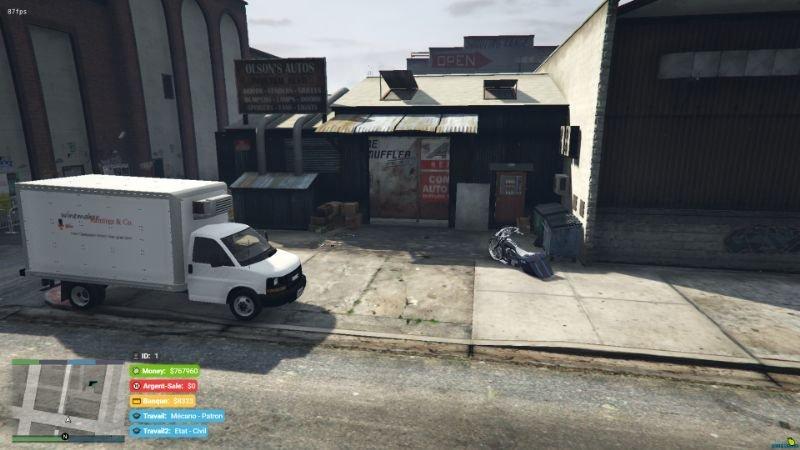 882c0c garage