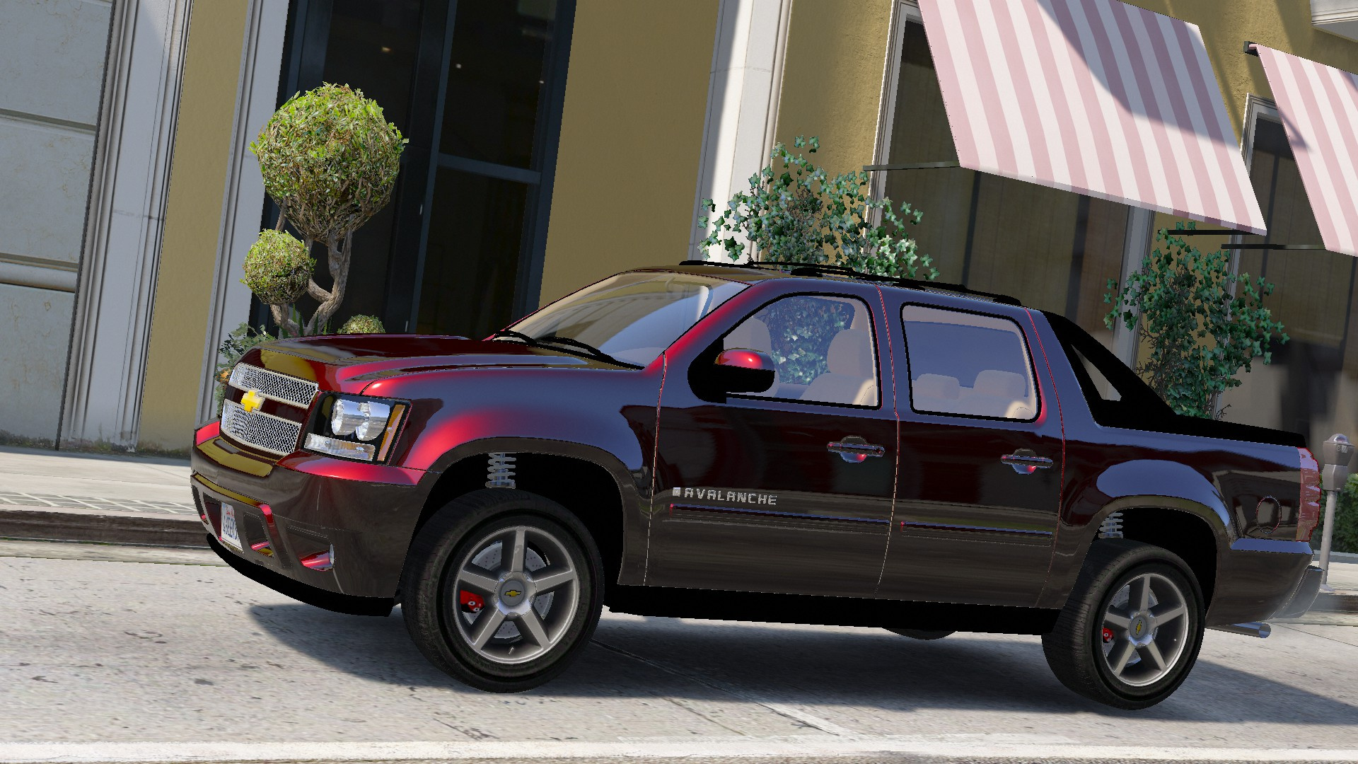 2012 Chevrolet Avalanche   Replace