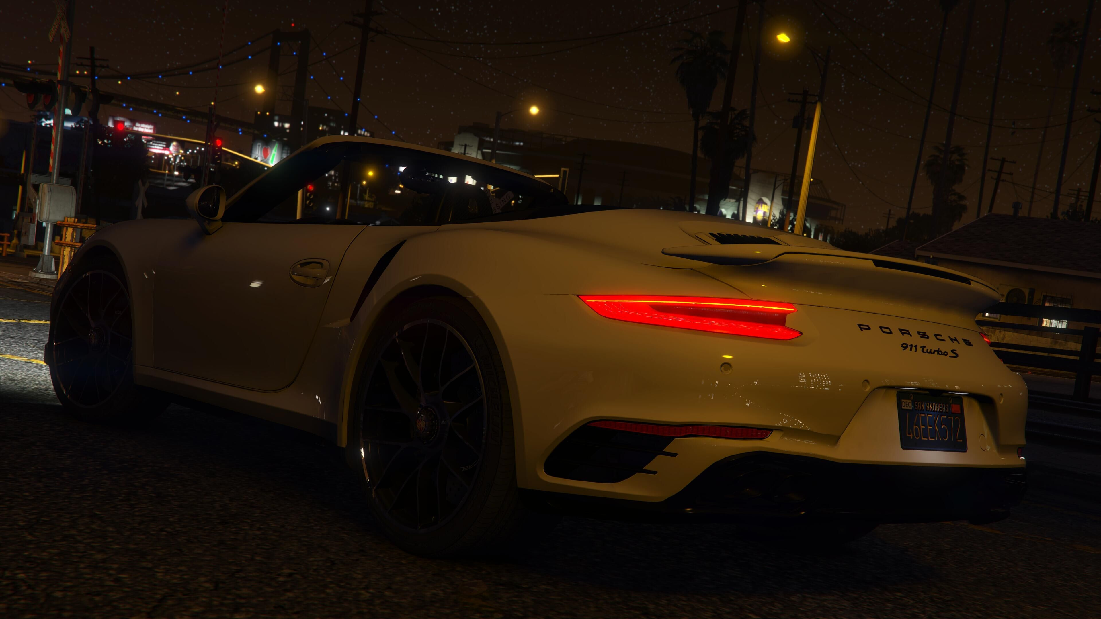 826f77 qq20160604155624 - Porsche 911 Turbo S