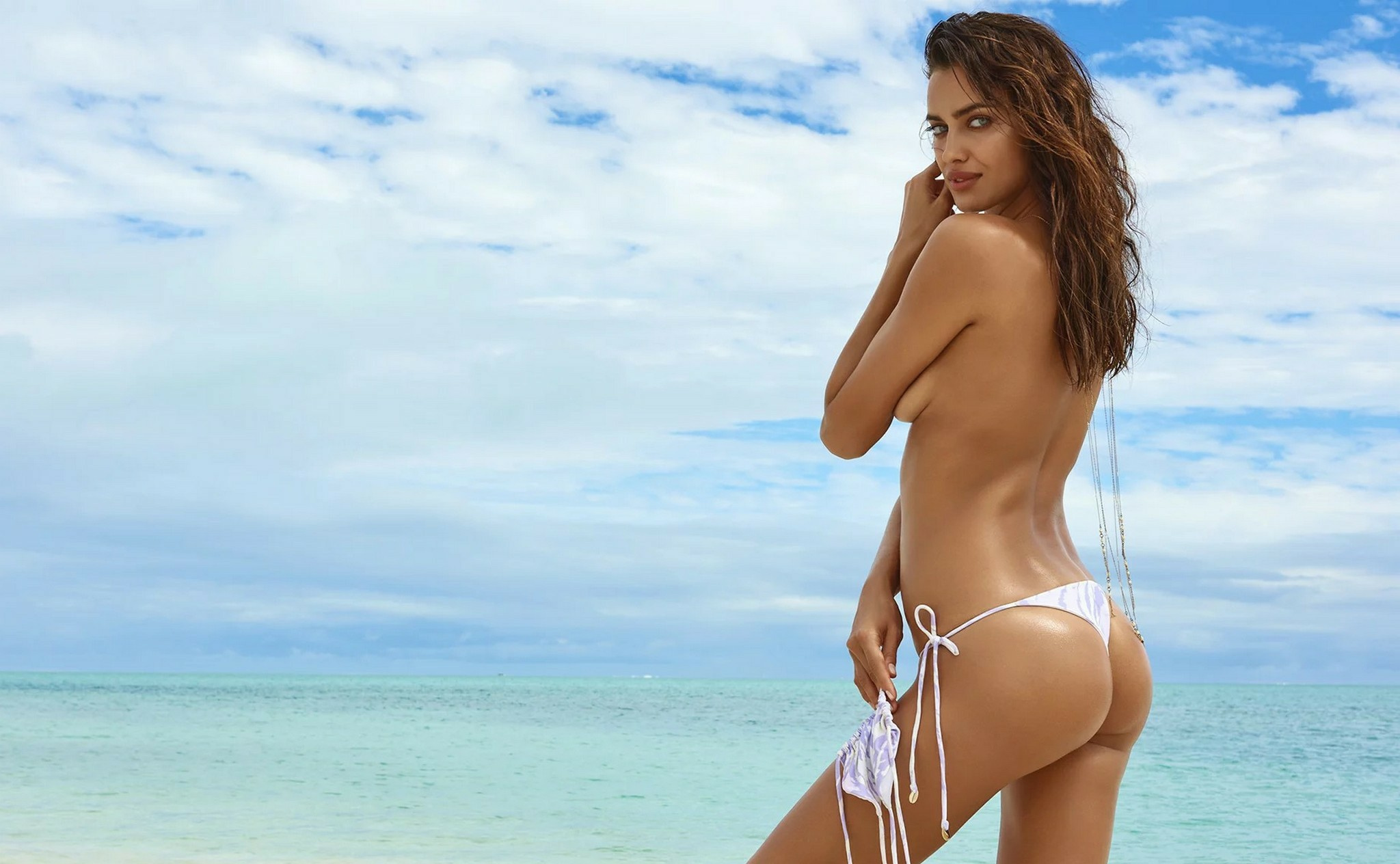 Irina Shayk Nude Photos